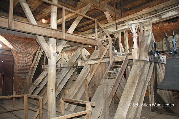 Historischer Bockstrebenstuhl von St. Marien zu Greifswald