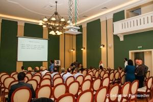 Der Tagungssaal vor Beginn