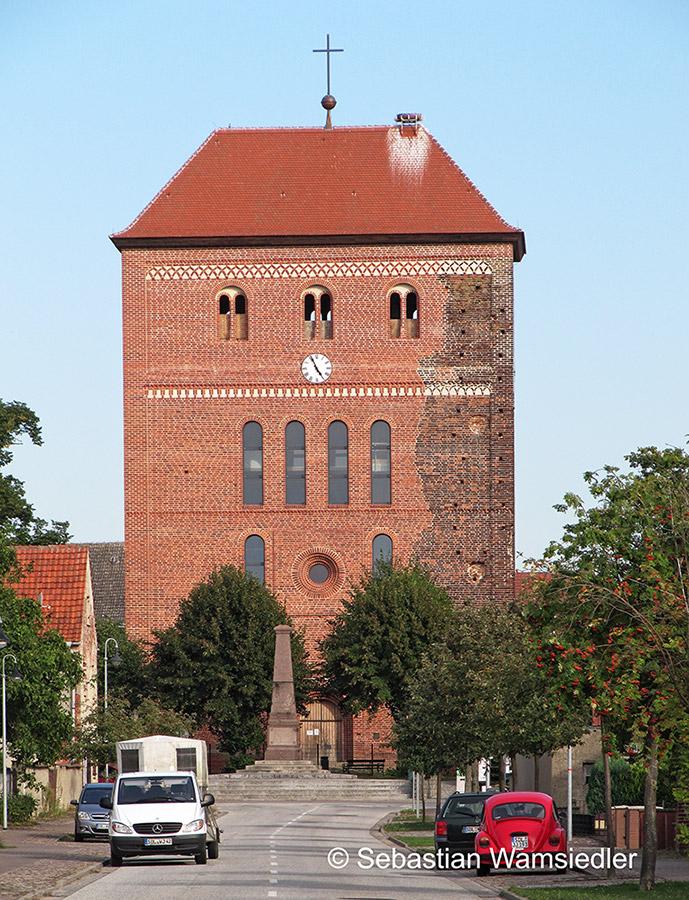 Das Westwerk der Kirche von Sandau