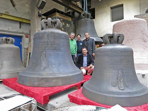 Die Glocken der Marienkirche zu Frankfurt (Oder) Mit freundlicher Veröffentlichungsgenehmigung der Glockengießerei Grassmayr