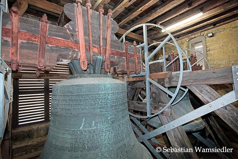 Glockenstube der Marktkirche Goslar mit dem vollständig erhaltenen Geläut aus dem Jahre 1848.