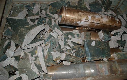 Zerstörte Glocke von Groß Ridsenow. Foto mit freundlicher Genehmigung der Polizeiinspektion Güstrow.